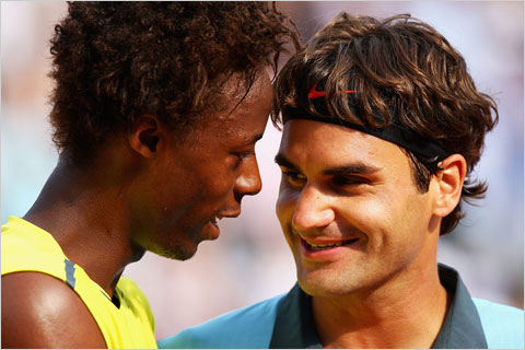Gael-Monfils Roger-Federer 2009-French-Open Ryan-Pierse Getty Images-Europe