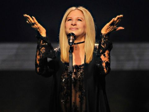 Barbra Streisand mocks Donald Trump with a parody of Send in the Clowns at Hillary Clinton fundraiser