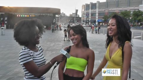 MTV VMA fans talking with What's The 411 reporter Anisha Robertson