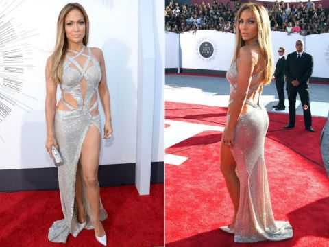 Jennifer Lopez on the red carpet at MTV Video Music Awards 2014