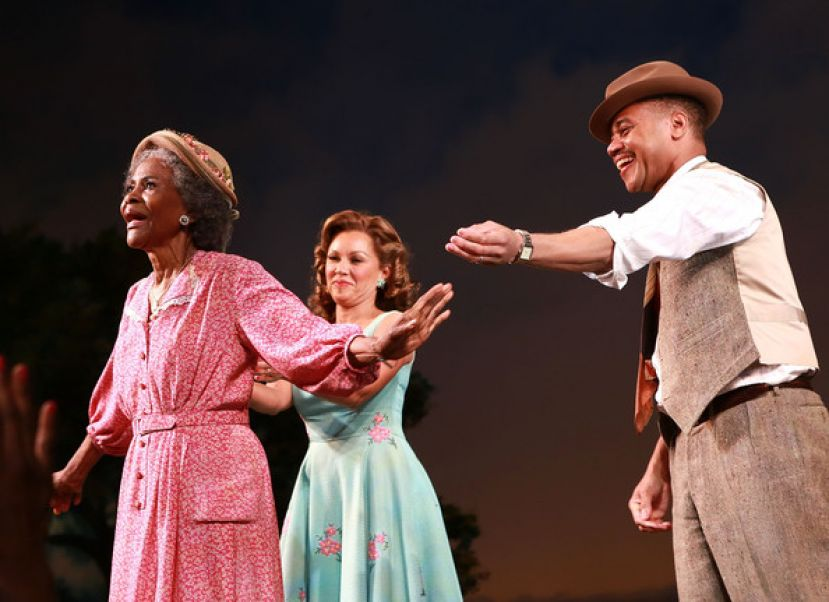 The Trip to Bountiful cast members (l to r) Tony Award-winning actress Cicely Tyson, Grammy-nominated artist, Vanessa Williams; and Academy Award-winning actor, Cuba Gooding Jr.