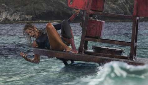 Movie Review: The Shallows Lacks the Depth to Be a Good Film
