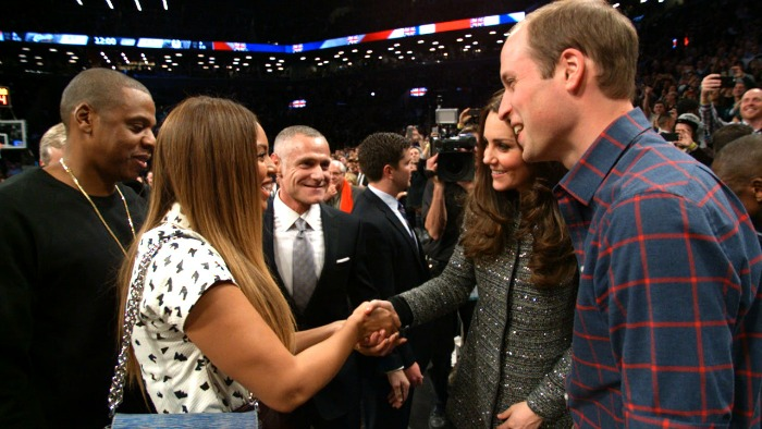 Jay-z-Beyonce Prince-William-Kate on-court-meeting.Still002 resized 700x394
