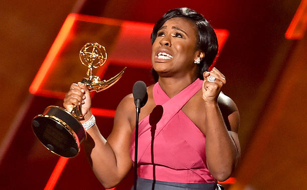 Uzo Aduba-wins-Emmy-for-Outstanding-Supporting-Actress-in-a-Drama-Series 2 09202015