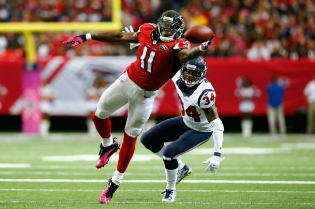 Julio Jones wide receiver for Atlanta Falcons sets franchise record with 300 receiving yards