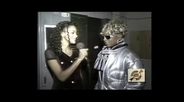 What's The 411 co-host Roceania Williams interviewing Mary J. Blige at a New York Undercover event celebrating 15 Years of The Valley, a non-profit organization in upper Manhattan working with at-risk youth.