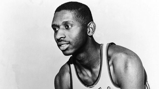 Earl Lloyd, the NBA's first black player dies at age 86