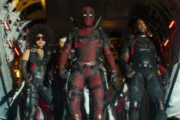 Cast of Deadpool 2 starring Ryan Reynolds (center).